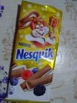 """Шоколад """"Nesquik"""" с молочной начинкой ягодами и зл"""
