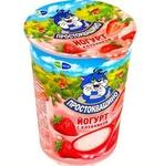 Йогурт Простоквашино с клубникой